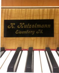 Kurt Hutzelmann Cembalo 1967 - Eric Feller Collection - Nameboard